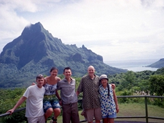 Family photo at the Belvedere lookout