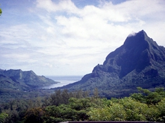 Belvedere lookout point - the best views of Moorea can be seen from this location