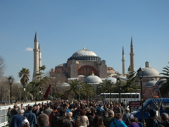 Look at the hordes of tourists that descend on Hagia Sophia just a few hours after opening! Keep in mind this is off season
