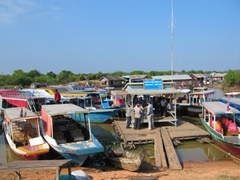The Tonle Sap harbor