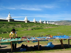 A makeshift souvenir stand outside the boundary of Erdene Zuu monastery