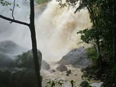 Gushing view of Na Muang Waterfall; Ko Samui