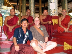 Anh Hai and Bob in the company of monks, Shwezigon Pagoda