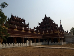 Morning view of Bagaya Kyaung monastery