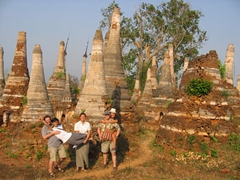Robby, Anh Long, Becky, Bob and Ann acting silly at Shwe Inn Thein stupas