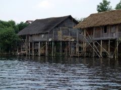 Stilt houses; Inle Lake
