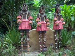 Statues near the African Waterfall Aviary; Jurong Bird Park