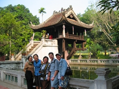 Family Photo, One Pillar Pagoda, Hanoi