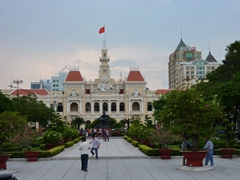 Hôtel de Ville de Saigon (or Ho Chi Minh City Hall) was built in the early 1900s in French Colonial style. Unfortunately, it is not open to the public