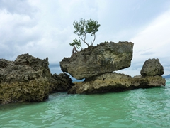 Willy's rock; Boracay