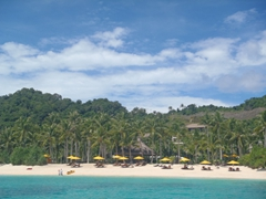 Idyllic beach spots are readily found on Boracay