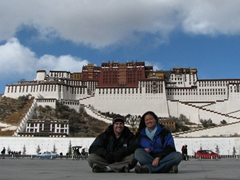 Posing in front of the phenomenal Potala