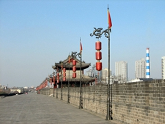 The Xi'an city walls are in immaculate condition and are wide enough to accommodate city marathons!