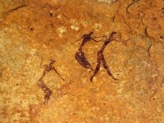 Well preserved rock art of human figures; Tamgs Kis