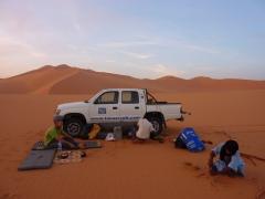 Setting up camp before nightfall; Mhajeba