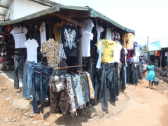 Clothing shopping opportunities in Kribi