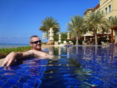 Robby enjoying the Kempinski infinity pool