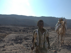 A nomadic Afar man starting the long trek back home from Lac Assal