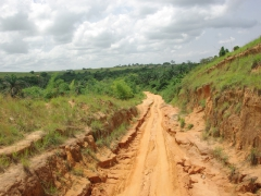 The main road to Muanda from Yema