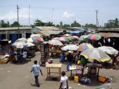Muanda market scene