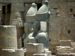 Close up of two giant statues at the Luxor Temple