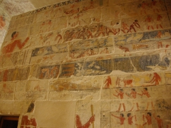 Interior artwork of a tomb in Saqqara