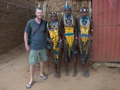 Robby and the Hamer girls; Turmi Market