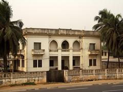 Beach front mansion; Lomé