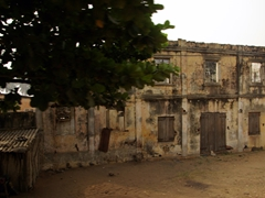 Fading colonial architecture; enroute to Hilakondji