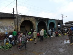 Street vendors at the mercato of Addis Ababa