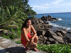 Becky has fallen in love with paradise! The Seychelles are the best
