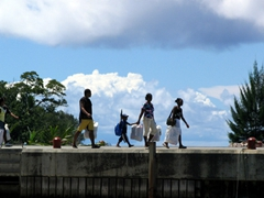 A family heading out for a Praslin excursion