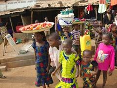 Child vendors in Ketou