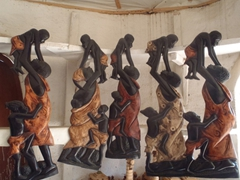 Lots of nice souvenirs at the Abuja Craft Village