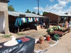 Kande Beach's small weekly market