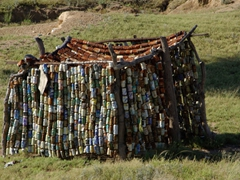 A shack made up of soda cans; Spitzkoppe