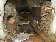 Bread maker; Fes medina