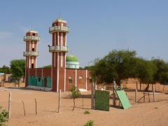 Beautiful mosques appear in the middle of nowhere in Mauritania