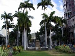 Mahe de La Bourdonnais Statue; Port Louis