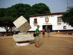 Dowelly, Becky & Lucky at the entrance to Portuguese Fort Sao Joao Batista