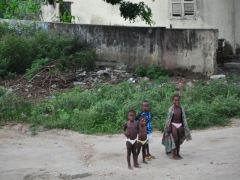 N'Zeto children check us out