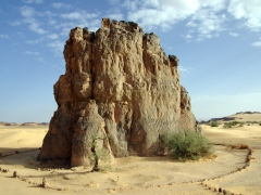 "This is the site of one of the most famous stone engravings in the Sahara.  It is the La vache qui pleure ""crying cow"" in Tagharghart"