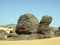 Rock formation resembles looks a turtle; our picnic lunch stop near Djanet