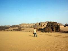Becky thought the Algerian Sahara was such a pretty region to explore