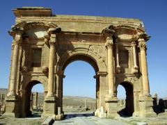 Trajan's Arch; Timgad