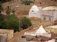 Tombs in El Golea