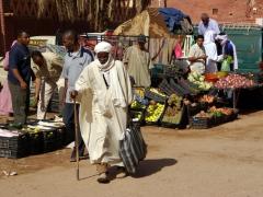 Market scene in Timimoun