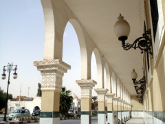 Colonnaded shopping arcade; El Oued