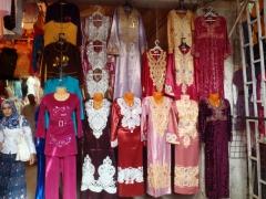 Ladies dresses for sale; El Oued market
