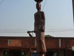 A clay statue in Banfora
